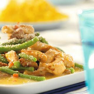 Kip-curry Met Boontjes En Spekjes
