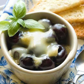 Gluten Free Baked Cherry and Brie Appetizer