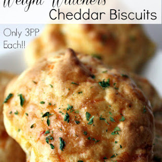Weight Watchers Garlic Cheddar Biscuits {Only 3 Points Each!}