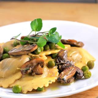 Simple Ravioli Marsala with Mushrooms and Peas.