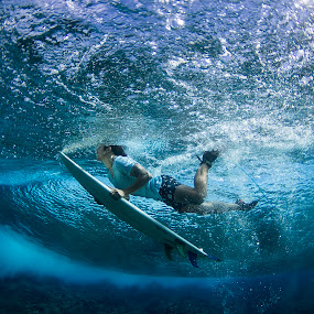 Duck Dive at Wilkes by Dave Nilsen - Sports & Fitness Surfing