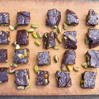 Raw Chocolate, Sea Salt, & Pistachio Chunks.