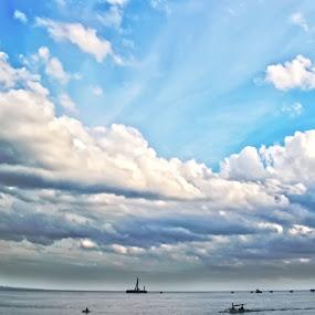runtuh by Wibi Prayogo - Landscapes Cloud Formations