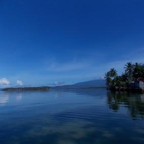 Teluk Lamala by Imanuel Monggesang - Landscapes Beaches