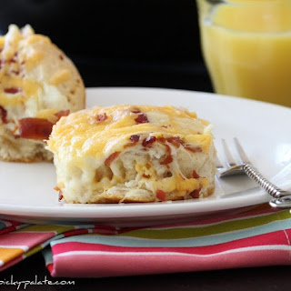 Easy Cheesy Bacon Biscuit Pull-Aparts.