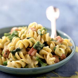 Rotini and Cheese with Broccoli and Ham