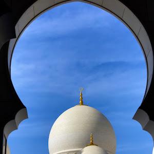 UAE328.jpg