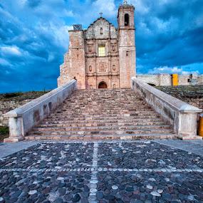 Ex Convento de Yanhuitlán  by Gliserio Castañeda G - Buildings & Architecture Public & Historical