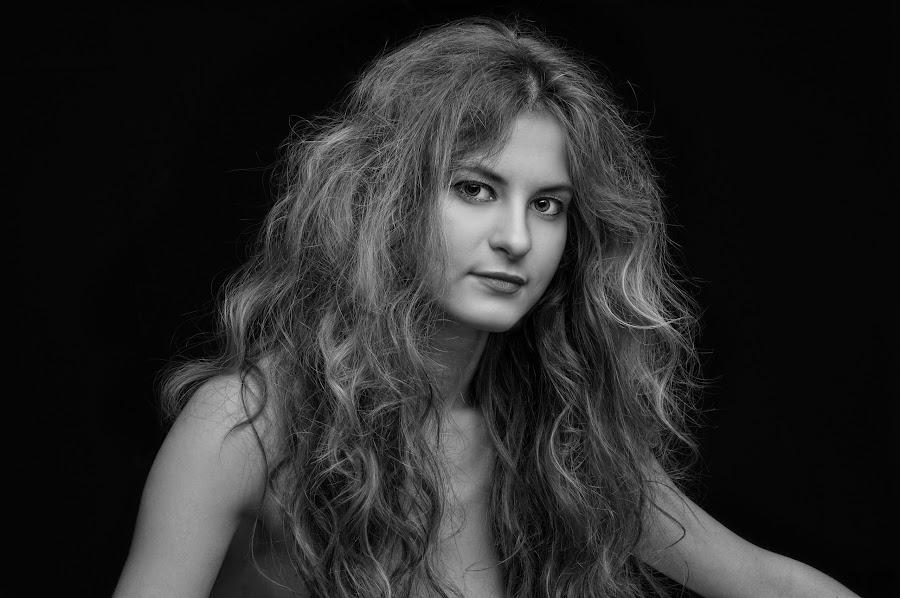 by Burç Ayvaz - Black & White Portraits & People