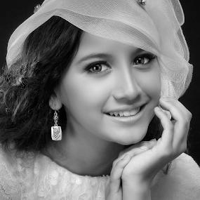 by Dhani Photomorphose - Black & White Portraits & People