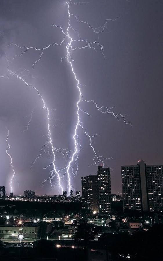 Donderstorm live agtergrond screenshot