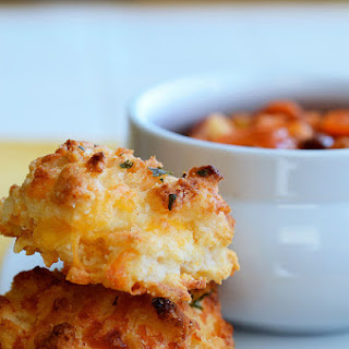 Red Lobster's Cheddar Bay Biscuits