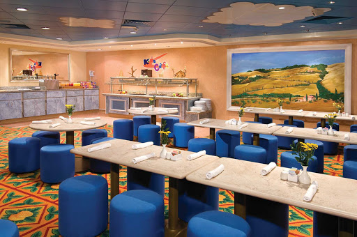 Norwegian-Jewel-dining-Kids-Cafe - Children will feel special in their own Kid's Café, a buffet located  by the entrance of the Garden Cafe on Norwegian Jewel's Deck 12.