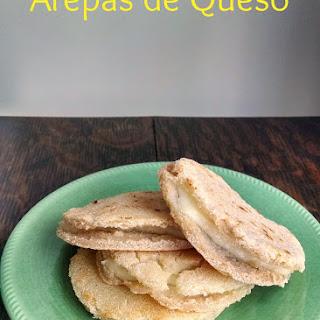 Arepas de Queso (Fried Cornmeal Cake)