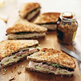 Turkey, Cheddar, and Green-Apple Sandwich.