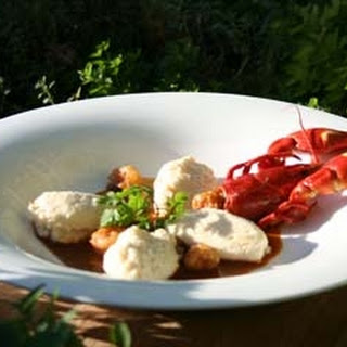 Pike Quenelles with Crayfish Sauce Recipe
