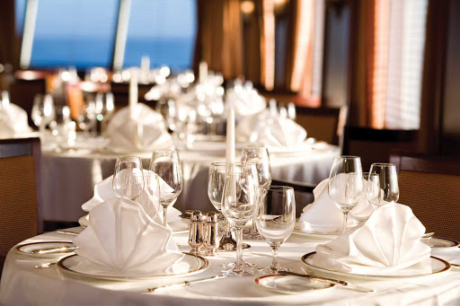 Silver_Explorer_dining_room_2 - Crystal, candlelight, sparkling silver and impeccable service complement the international cuisine on board Silver Explorer.