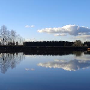 mirror_cloud_2_sm.jpg