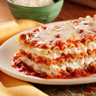 Ragu No Boiling Lasagna (featuring Ragu 2 Lb. 13 Oz. Jar)