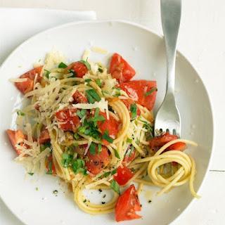 Spaghetti with Tomatoes and Tarragon Recipe