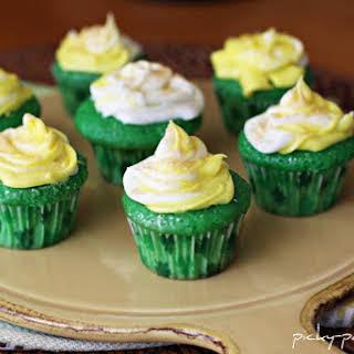 Lucky Green Velvet Baby Cakes.
