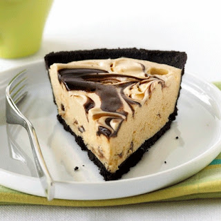 OREO Peanut Butter & Fudge Swirl Pie.
