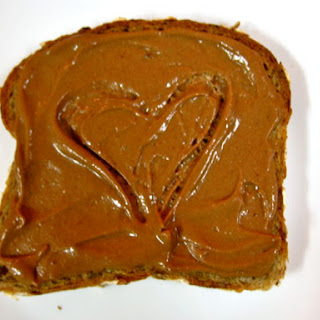 The Healthiest (and most delicious) Peanut Butter Cup Frosting