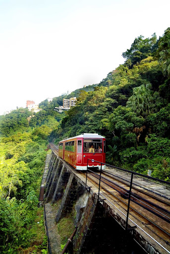 Hong-Kong-Peak-Tram - The Peak Tram on its way to Victoria Peak in Hong Kong.