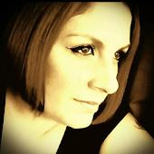 Taryn Janeane Makeup