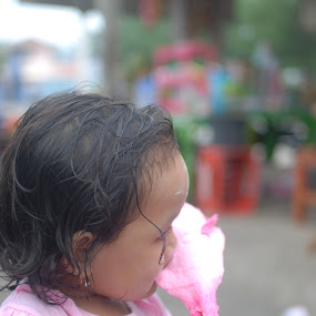 arum manis by Danang Kusumawardana - Babies & Children Children Candids