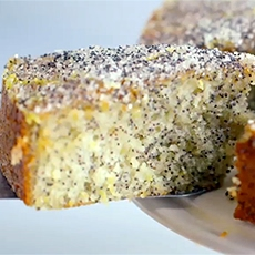 Double Lemon Drizzle Cake with Poppy Seeds