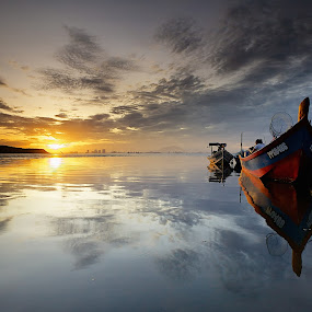 Light Painting by Christopher Harriot - Landscapes Waterscapes ( penang, reflections, sea, sunrise, boat, sun )