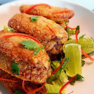 Crispy Baked Tom Yum Chicken Wings.