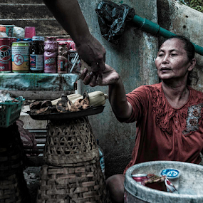 Earned Money by Erry Subhan - People Street & Candids ( indonesia, cemetary, asia, tourism, imogiri, grave, travel )