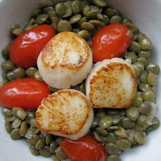 Seared Scallops with Lentils.