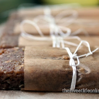 Raw Banana Bread Breakfast Bar