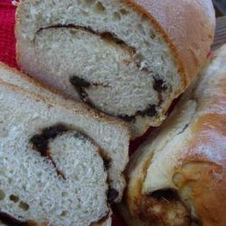 Overnight Cinnamon-Raisin Swirl Bread.
