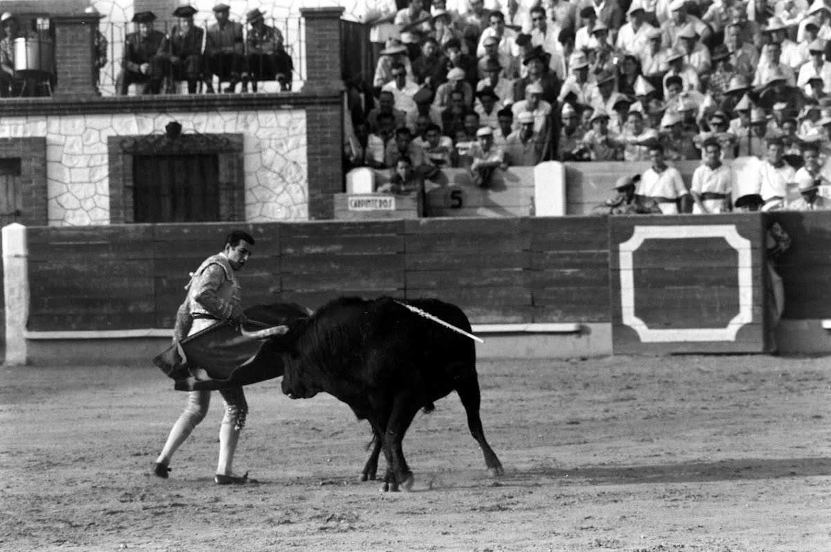Bullfighting Mano & Mano