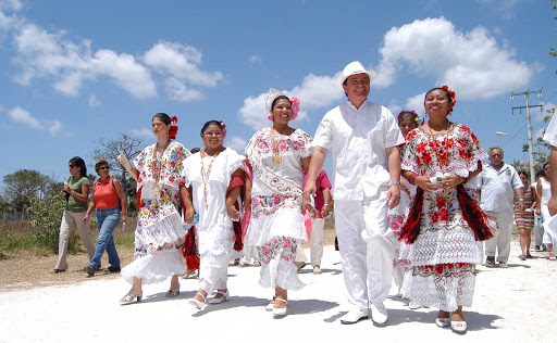 cedral-street-Cozumel - The Festival of El Cedral and the Fiestas of Santa Cruz is an annual event held in the small town of El Cedral, in the south of Cozumel.