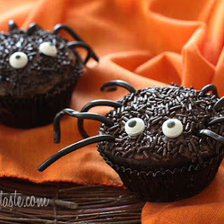 Spooky Spider Cupcakes.