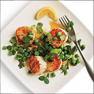 Seared Scallops with Lemony Sweet Pea Relish