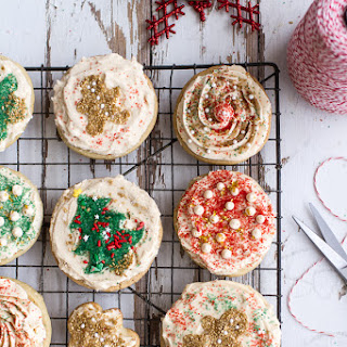 Easy Slice 'n' Bake Vanilla Bean Christmas Sugar Cookies w/Whipped Buttercream.