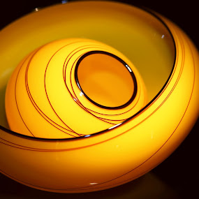 A bowl in a bowl by Morris Fremar - Artistic Objects Glass