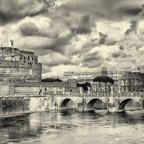 Rome by Δημήτρης Παπαγεωργίου - Black & White Buildings & Architecture ( sky, bridge, rime, italy, vaticab, river )