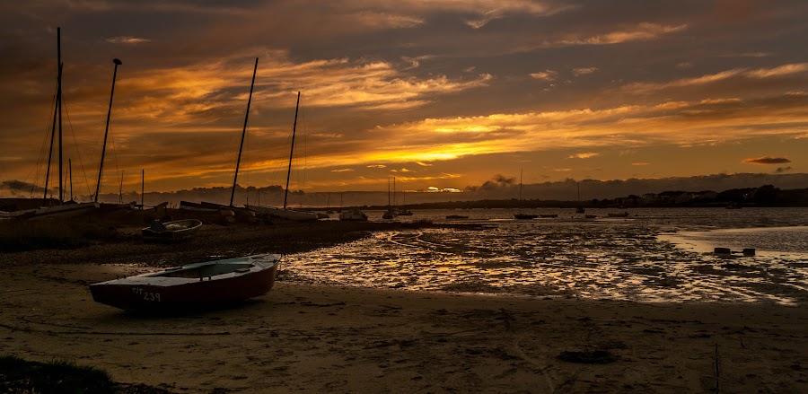 Mudeford Dorset Sunset  by Mark Usher - Landscapes Sunsets & Sunrises ( sunset, boat, sun, mudeford, dorset )