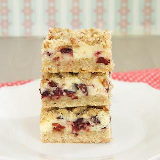 Cranberry Crumble Cheesecake Bars