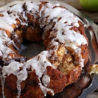 Apple Fritter Monkey Bread.