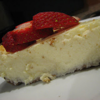 Light New York Cheesecake.