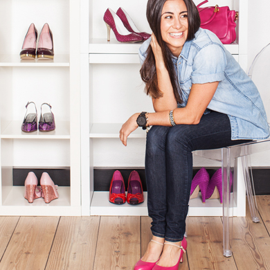 Berry coloured shoes: how to design them