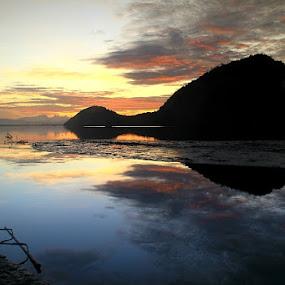 sunrise time by Edwin Yepese - Landscapes Sunsets & Sunrises ( sunsets & sunrise, backgrounds, novices only, landscapes )